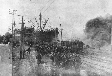 Baltic Sea Division disembarks at Hanko.