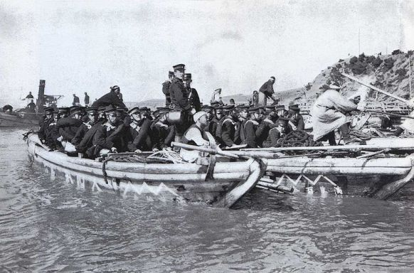 Japanese troops landing prior to Yalu battle.