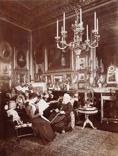 Queen Victoria and her daughter, Princess Beatrice.