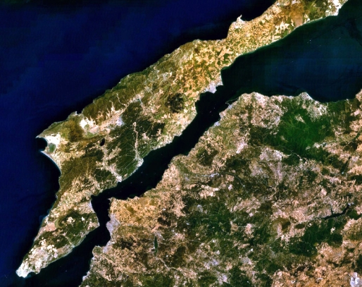 Satellite image of the Dardanelles, with Gallipoli on its northwest side.