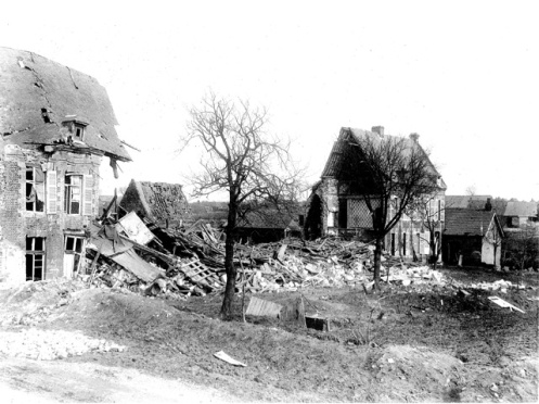 Houses destroyed at Vraucourt (Juenger was in this area).